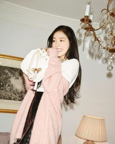 All hail, Queen Irene! Red Velvet's Irene has recently been announced as the new 'Girl in Miu Miu' o Red Velvet アイリーン, Irene Red Velvet, Velvet Style, Seulgi, Red Velvet Photoshoot, Perfect Photo, Comfortable Outfits, Kpop Girls, Girl Crushes