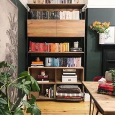 Made from richly-grained solid mango wood and supported by blackened steel frames, our Industrial Modular Storage Collection combines form, function and versatility. Its freestanding design means that you can easily pair it with other pieces in th… Wood Bookshelves, Industrial Bookshelf, Industrial House, Modern Industrial, Modular Shelving, Modular Storage, Living Room Redo, Architect Design, Display Shelves
