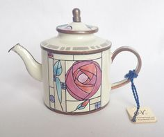 Nivag Collectables: Charlotte di Vita teapot - The Mackintosh Rose