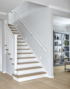 Selecting the perfect staircase Timber Staircase, House Staircase, Staircases, U Stairs Design, Stair Renovation, Duplex Design, House Design, Staircase Makeover, Storey Homes