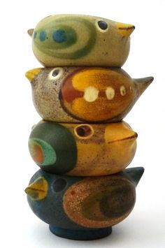 DYBDAHL - DENMARK - www.dk Although these appear to be stone/pottery - wood would work. Clay Birds, Ceramic Birds, Ceramic Animals, Clay Animals, Ceramic Clay, Ceramic Pottery, Pottery Art, Pottery Sculpture, Bird Sculpture