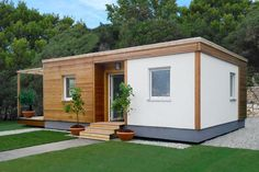 Modular house / contemporary / wooden frame / two-story LIVING UNIT Riko Hiše Small House Diy, Modern Tiny House, Tiny House Design, Simple House, Tiny House Village, Tiny House Cabin, Tiny House Living, Container Home Designs, Tyni House