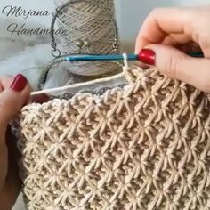 Crochet Tutorial - crochetvideo,crochetbag-If you exercise, you know for sure how long one minute is. However, when you crochet, and try to make a one Crochet Circles, Crochet Motifs, Crochet Stitches Patterns, Tunisian Crochet, Stitch Patterns, Knitting Patterns, Crochet Designs, Loop Stitch Crochet, Crochet Cord