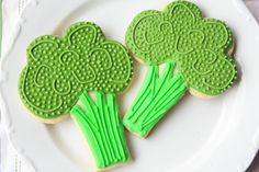 Munchkin Munchies: Eat More Veggies in 2013~Broccoli {cookies}    @Tiffany Bley Check these out!