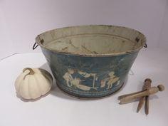 Ebay: Small antique tin child's toy wash-tub.