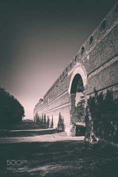 Mura a Villa Adriana by ShutterMarco