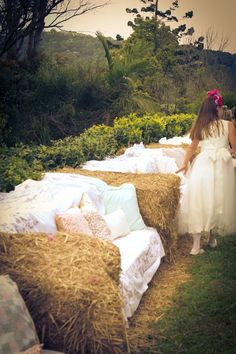 Hay bale sofas. Such a great idea! For outdoor parties or wedding!