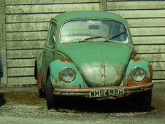 VW my first car , this looks pretty close lol tho mine was made of parts found around so it was multi coloured My Dream Car, Dream Cars, Retro Cars, Vintage Cars, Beetle Car, Car Camper, Ferdinand Porsche, Car Mods, Cute Cars