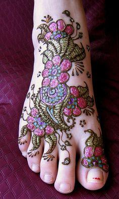Colorful Glitter Henna For Feet Leg Mehndi, Legs Mehndi Design, Henna Mehndi, Mehndi Book, Foot Henna, Mehendi, Henna Designs, Blackwork, Glitter Henna