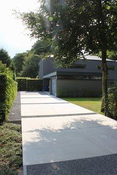 De verfijnde aanraking in uw tuin - cRİS Modern Driveway, Driveway Design, Driveway Landscaping, Modern Landscaping, Driveway Ideas, Gravel Driveway, Concrete Driveways, Garden Architecture, Garden Landscape Design