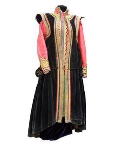 Калмыцкий костюм замужней женщины, терлик, цегдык