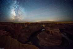 As the Milky Way now begins to set earlier in the evening here in the northern hemisphere, that doesn't mean the photos of our night sky are any less stunning. This lovely shot for #TerrestrialTuesday by photographer Jack Fusco was taken this week at Horseshoe Bend in Arizona, a horseshoe-shaped meander of the Colorado River.…
