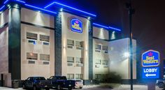 Best Western Airport Inn Calgary Located in Calgary, Best Western Airport Inn features a 24-hour airport shuttle service and free WiFi. Calgary International Airport is 12 km away.  A cable TV, desk, air conditioning and en suite bathroom are offered in each guest room at this...