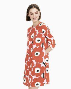 aretta pieni unikko – Marimekko Vancouver A Line Cut, Funky Outfits, Marimekko, Vancouver, Hemline, Ready To Wear, Helsinki, My Style, Craft Projects