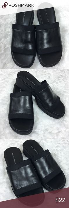 Hush Puppies Slide Slip On Sandal Black Leather Hush Puppies  Alicia Slides Slip-On Sandals Women's US 7.5 Black Leather Upper Balance Man Made In Excellent Preowned Condition. Please See All Pictures  Comes From a Clean Smoke Free Home Hush Puppies Shoes Sandals