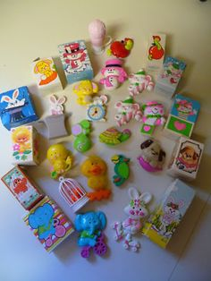 I collected these as a child and still have a bunch of them :)