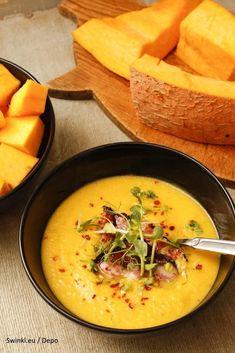A delicious creamy pumpkin soup soup healthy recipes rezepte soup soup Super Healthy Recipes, Healthy Crockpot Recipes, Healthy Dessert Recipes, Healthy Soup, Meat Recipes, Lunch Recipes, Creamy Pumpkin Soup, Healthy Pumpkin, Pasta
