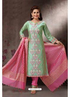 Women Salwar Suit, Churidar Suits, Salwar Kameez, Fashion Pants, Fashion Dresses, Indian Ethnic Wear, Indian Style, Churidar Neck Designs, Suits For Women