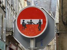 Street art - Clet Abraham ?                                                                                                                                                                                 Mehr