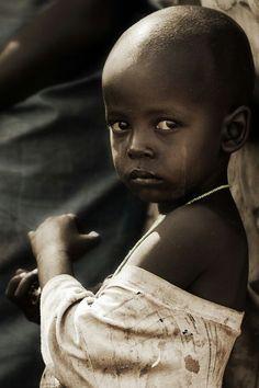 """✿⊱╮""""Él sana a los que tienen roto el corazón, y les venda las heridas."""" Salmos 147:3.."""