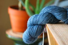 What is a spinning sample good for? Why keep a spinning journal? How do you spin a consistent yarn? This post covers growth in spinning.