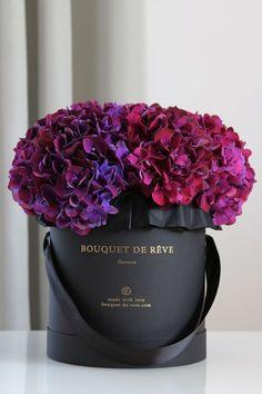 Ideas For Garden Rose Purple Bouquets All Flowers, Amazing Flowers, My Flower, Beautiful Flowers, Wedding Flowers, Wedding Bouquets, Purple Bouquets, Summer Flowers, Arrangements Ikebana