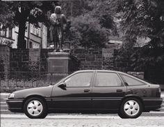 Opel Vectra GLS (9/93)