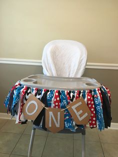 This Cat in the Hat themed high chair banner is the perfect addition for any first birthday cake smash, or it can be used as a photo prop at any age! Your tiny Dr. Seuss fan will love it.