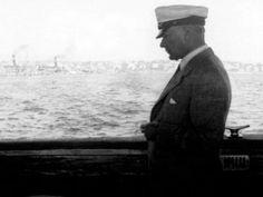 Denizci kasketli Atatürk