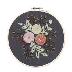 Beginner Flower DIY Hand Embroidery Kit Printed Pattern + Hoop Art Home Decor Gift Hand Embroidery Flowers, Embroidery Kits, Ribbon Embroidery, Modern Wall Paint, Beautiful Flower Designs, Diy Ribbon, Embroidery For Beginners, Modern Cross Stitch, Diy Flowers