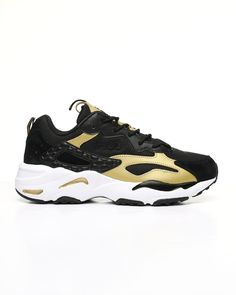 Find Ray Tracer Sneakers Men's Footwear from Fila & more at DrJays. Sweater Boots, Sweater Hoodie, Air Max Sneakers, Sneakers Nike, Pink Dolphin, Diamond Supply Co, Famous Stars, Men's Footwear, Dad Hats