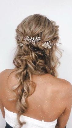 Wedding Hairstyles Half Up Half Down, Wedding Hairstyles For Long Hair, Wedding Hair And Makeup, Down Hairstyles, Indian Hairstyles, Prom Hairstyles, Bridesmaid Hairstyles, Bohemian Wedding Hairstyles, Half Up Half Down Bridal Hair