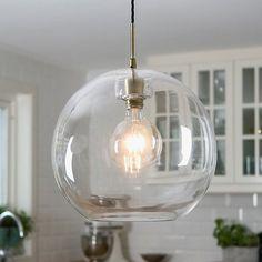 Gloria pendel fra @belidsweden Finnes i flere størrelser og kommer også med røkt glass #designbelysning #lamper