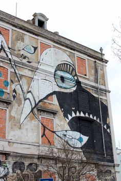 Street art, Lisbon, Crono Project. Find out what the best street art spots are in Berlin, London and Lisbon - Map of Joy