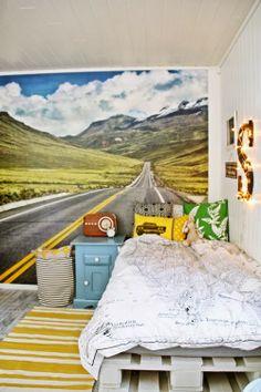 imaginative wallpaper in child's room. Kid Spaces, Living Spaces, Cool Kids Rooms, Line Photo, Deco Design, Jpg, Of Wallpaper, Playroom, Bedrooms