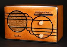 """Sparton Model 500C Cloisonne Compact Table Tube Radio (1939/1940)"" !...  http://about.me/Samissomar"