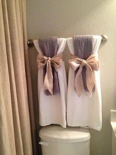Bathroom Towel Decor, Bath Decor, Bathroom Ideas, Bathroom Organization, Small Bathroom, Girl Bathrooms, Bathroom Red, Decor Room, Bath Ideas