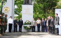Honores a don Benito Juárez en 142 aniversario luctuoso | Veracruzanos.info