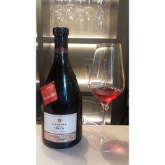 Twitter / @eatlikeagirl: Terrific Lambrusco di Sorbara from Cantina della Volta. Bright & lively. Red fruits. Perfect summer wine