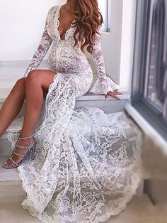 Rules Of Fashion Tips V-Neck Sheath Long Sleeves Ivory Lace Beach Wedding Dresses Bridal Gowns.Rules Of Fashion Tips V-Neck Sheath Long Sleeves Ivory Lace Beach Wedding Dresses Bridal Gowns Lace Beach Wedding Dress, V Neck Wedding Dress, Backless Wedding, Sexy Wedding Dresses, Formal Evening Dresses, Bridal Dresses, Wedding Gowns, Lace Wedding, Dress Lace