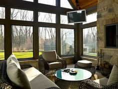 Enjoy your outdoor living space with screened in porch ideas✅ sun room ideas ✅ how to build porch ✅ screened in porch design ideas ✅ porch with deck ✅ Screened Porch Designs, Screened In Patio, Backyard Patio, Sunroom Decorating, Sunroom Ideas, Porch Ideas, Decorating Ideas, Small Sunroom, Interior Decorating