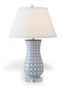 Port 68 Clover Lamp