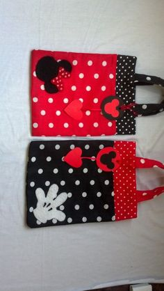 : Minie Mouse Party, Fiesta Mickey Mouse, Mickey Mouse And Friends, Mickey Minnie Mouse, Sewing Crafts, Sewing Projects, Mini Mouse, Disney Crafts, Mouse Parties