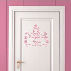 Vinilo Reina de la casa by Javirroyo ::: wall sticker The Queen of the House by Chispum House Wall, Simple Words, Vinyl, Little Princess, Wall Sticker, Queen, Frame, Home Decor, Imagination