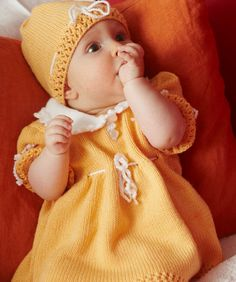 Sweet Baby Dress, Hat and Booties Free Knitting Pattern #RedHeart