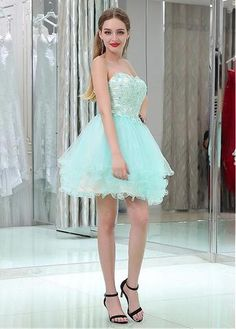 Tulle Sweetheart Neckline Short Length Homecoming Dresses With Beaded Lace Appliques