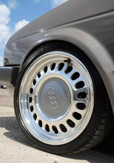 VW Golf Mk2 Syncro tuned wheels - KW V1 coilovers, Audi S2 front brakes and master cylinder, Mk3 Golf rear brakes, new OEM handbrake cables, brake and fuel pipes, polished Audi A8 winter wheels redrilled for Mk2 hubs, 195/40/16 Continental tyres.