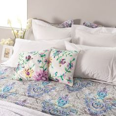 Paisley Digital Print- Embroidered Bed Linen
