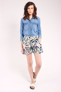 One O Eight Pleated Front Shorts – Fox + Feather