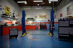 Small garage garage and tool storage гараж интерьер, гараж, Garage Tools, Garage Shop, Garage House, Garage Plans, Garage Workshop, Dream Garage, Garage Storage, Garage Organization, Garage Workbench